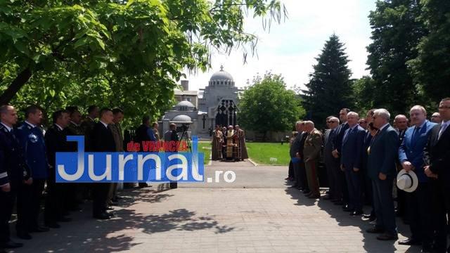 ziua eroilor8 - FOTO: Eroii Neamului, comemorați la Mausoleul Focșani și la celelalte mausolee din județ