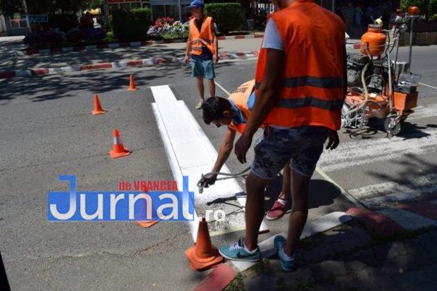 marcaje rutiere trecere pietoni8 630x420 - FOTO: Au început lucrările de refacere a marcajelor rutiere la Panciu