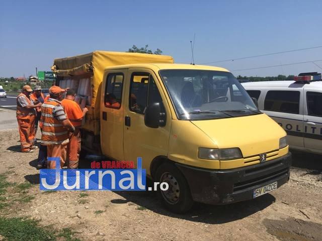 parapeti dn2 e85 golesti5 - VIDEO: Circulația rutieră se schimbă pe DN2 la Golești, după accidentul de luni
