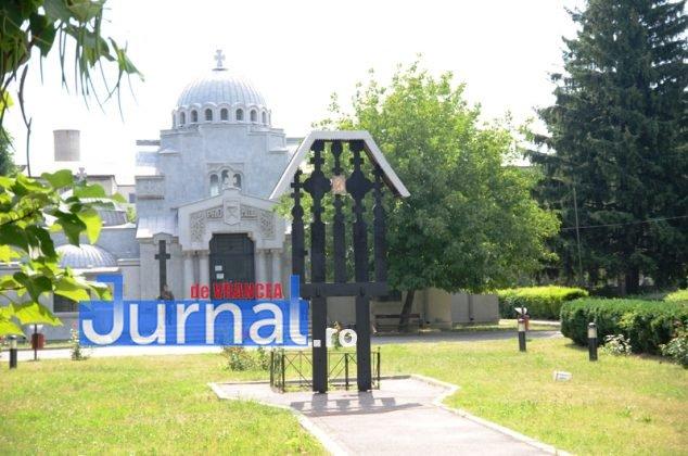 ceremonie mausoleul focsani 18 634x420 - GALERIE FOTO: Eroii care au câştigat Bătălia de la Mărăşeşti, de acum 100 de ani, omagiaţi la Mausoleul Focşani