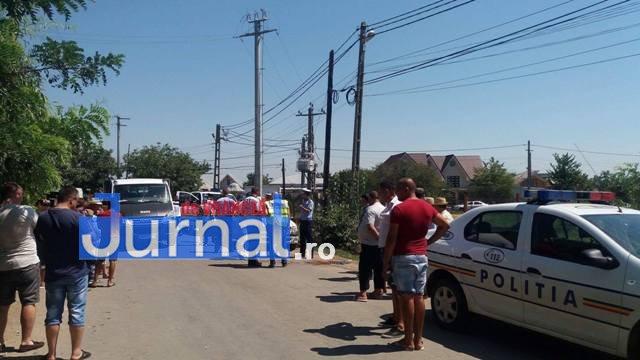femeie injunghiata slobozia bradului3 - FOTO-ULTIMĂ ORĂ: Femeie înjunghiată în stradă la Slobozia Bradului