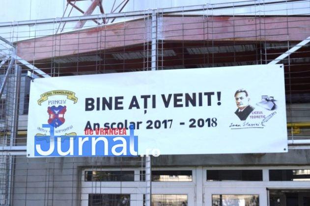 Festivitate 631x420 - FOTO: Începând cu anul școlar 2017-2018, toți elevii din Orașul Panciu vor învăța într-un singur schimb