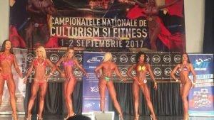 lenuta 10 300x169 - GALERIE FOTO: O focșăneancă, senzațională în bikini, pe podium la Campionatul Național de Culturism și Fitness