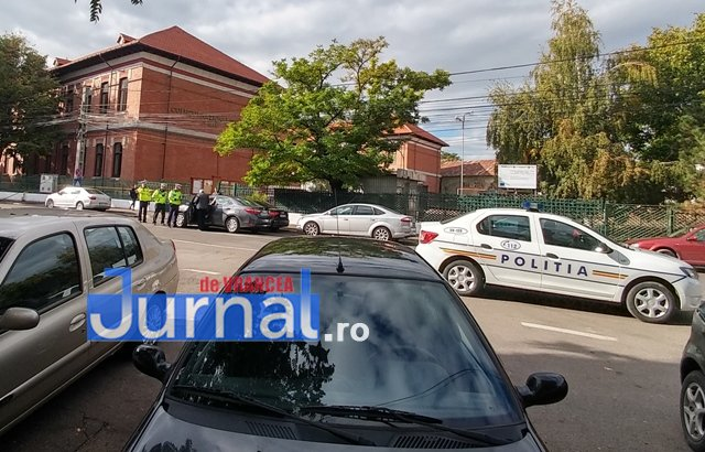 actiune ipj vrancea4 - GALERIE FOTO: Zeci de sancţiuni împărţite de poliţişti pentru opriri şi staţionări neregulamentare