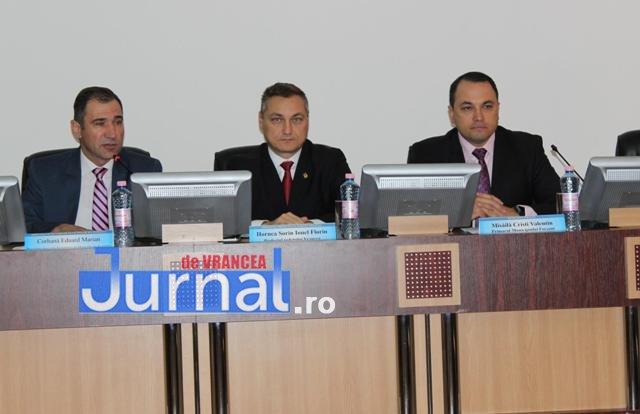 prefectul hornea primar misaila - FOTO: Secretari ai municipiilor din toată țara s-au reunit la Focșani