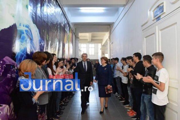 principele radu vizita colegiul national cuza1 630x420 - FOTO: Principele Radu, în vizită la Colegiul Cuza. Cum a decurs vizita princiară