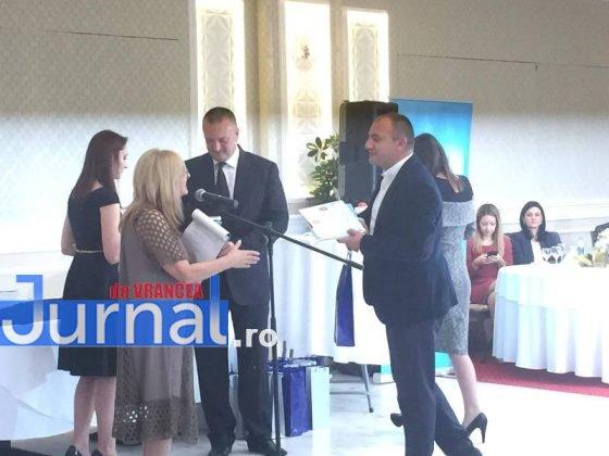 ccia8 560x420 - GALERIE FOTO: Premianți de top la Topul Firmelor