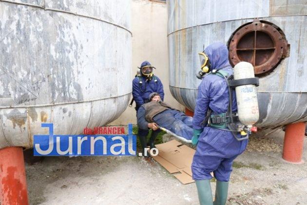 isu vranceapompieri exercitiu vrancart6 630x420 - GALERIE FOTO: Pompierii au simulat un accident chimic în curtea Vrancart