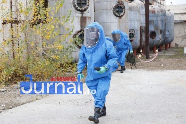 isu vranceapompieri exercitiu vrancart8 630x420 - GALERIE FOTO: Pompierii au simulat un accident chimic în curtea Vrancart