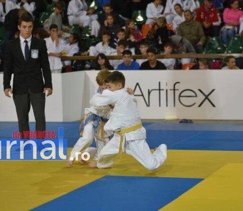 judo7 484x420 - GALERIE FOTO: Georgii Zantaraia și Lucian Grigoropol, prezenți la TURNEUL INTERNAȚIONAL de Judo