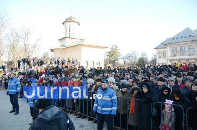 24 ianuarie focsani ziua unirii 3 634x420 - FOTO și VIDEO: Cum s-a sărbătorit Ziua Micii Uniri la Focșani