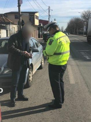 actiune politia rutiera3 315x420 - FOTO: Acțiuni pentru siguranța rutieră