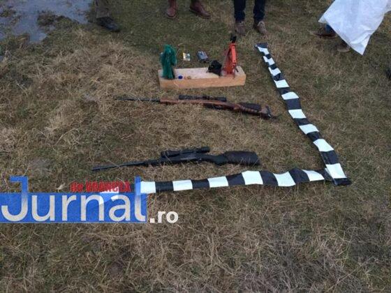 arme vanatoare 1 560x420 - FOTO: Arme de vânătoare folosite de doi bărbați pe un câmp din Panciu. Jandarmii i-au prins în flagrant