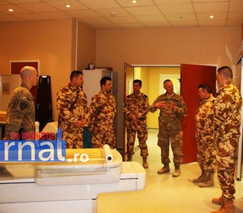 militari vizita afganistan6 480x420 - FOTO: Veterani ai Armatei României răniți în teatrele de operații, în vizită în Afganistan