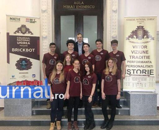 echipa de robotica colegiul unirea1 511x420 - FOTO: Noua echipă de robotică a Colegiului Unirea, loc fruntaș la un campionat de profil