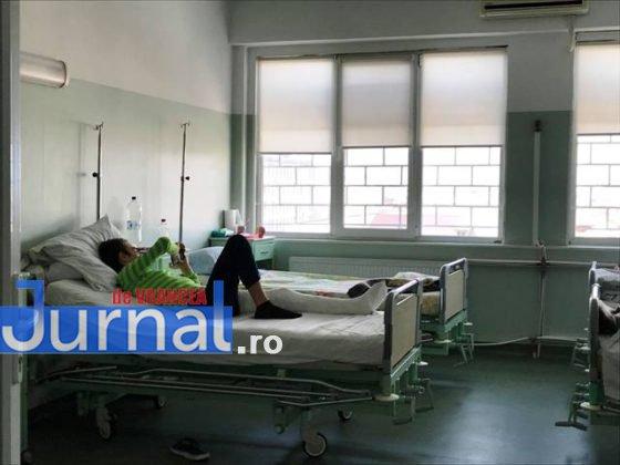 """salon chirurgie pediatrica spital focsani2 560x420 - FOTO+VIDEO: Revolta medicilor, în urma unei postări pe Facebook! """"Veniți să vedeți că avem condiții bune"""""""