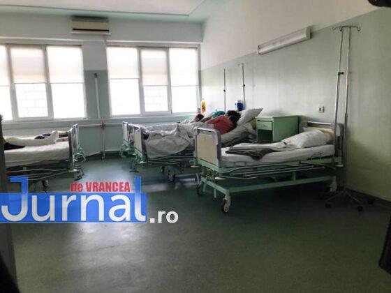 """salon chirurgie pediatrica spital focsani3 560x420 - FOTO+VIDEO: Revolta medicilor, în urma unei postări pe Facebook! """"Veniți să vedeți că avem condiții bune"""""""