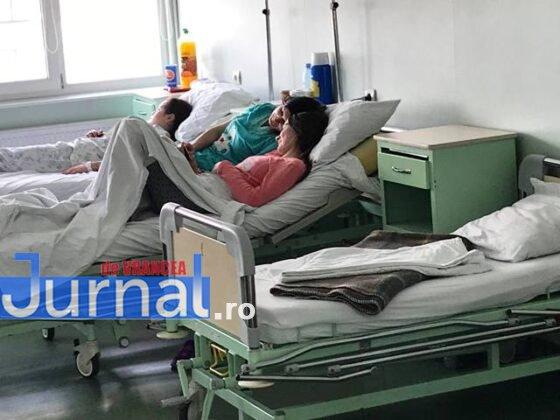 """salon chirurgie pediatrica spital focsani4 560x420 - FOTO+VIDEO: Revolta medicilor, în urma unei postări pe Facebook! """"Veniți să vedeți că avem condiții bune"""""""