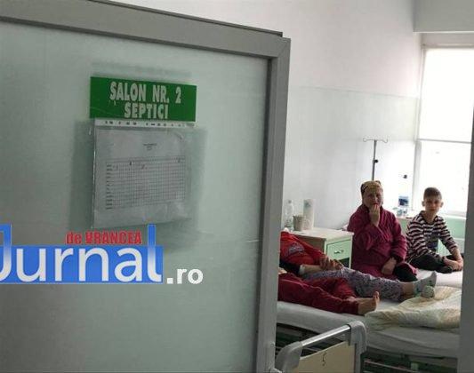 """salon chirurgie pediatrica spital focsani5 533x420 - FOTO+VIDEO: Revolta medicilor, în urma unei postări pe Facebook! """"Veniți să vedeți că avem condiții bune"""""""