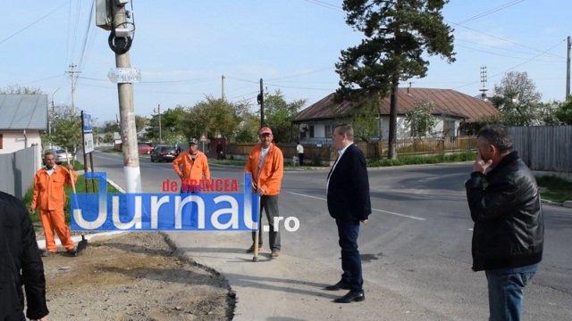Asfaltare str. Dumbrava si Mihai Eminescu 1 - PANCIU: A început asfaltarea străzilor Dumbrava și Mihai Eminescu(FOTO)