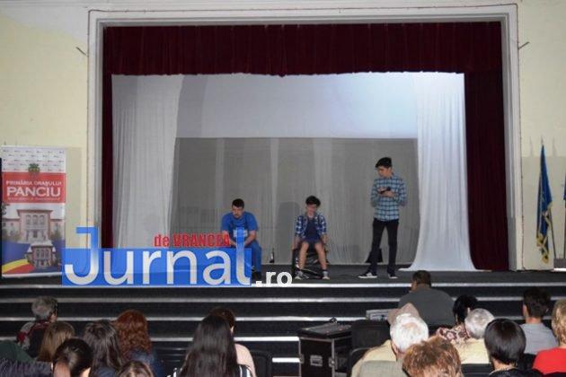 Spectacol Protha 2 630x420 - GALERIE FOTO: Diana Apostu, Andrei Gheoca și Ella Tătaru și-au luat rămas bun de la colegii din Trupa de Teatru Protha