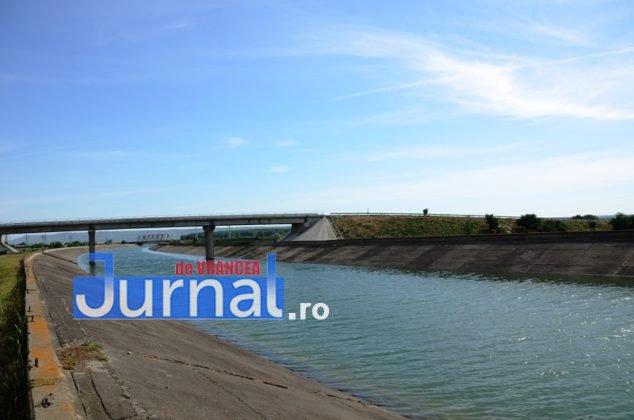 canal siret baragan2 634x420 - GALERIE FOTO: Primele irigații din Canalul Siret-Bărăgan. Viorica Dăncilă și Petre Daea, în vizită la canal