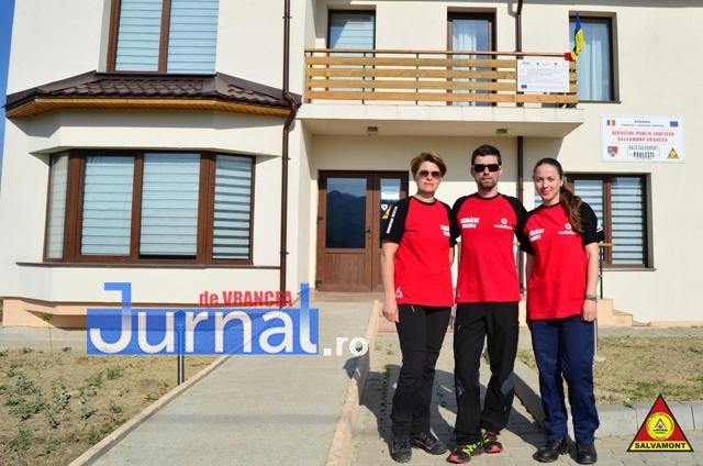 salvamont vrancea3 - FOTO: Munţii Vrancei, destinaţie de vacanţă. Câţi turişti au ajuns la Cheile Tişiţei