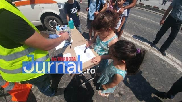 1 iunie politia romana16 - FOTO-VIDEO: De 1 Iunie, polițiștii au dat în mintea copiilor