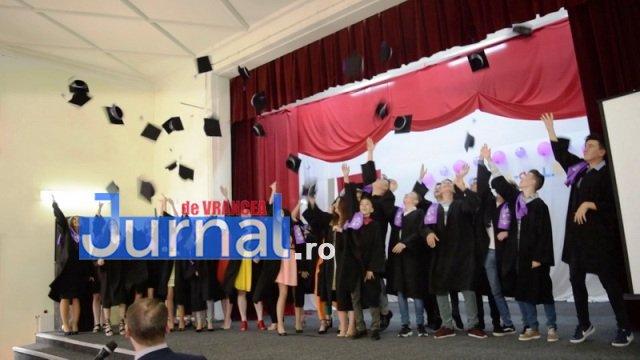 Cursuri festive clasa a VIII-a 2018 (17)