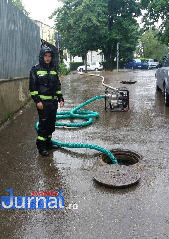 inundatii-curtea rar-focsani4