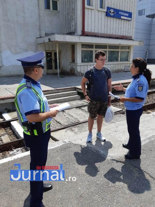 actiune politie gara1 - FOTO: Acțiune de prevenire a polițiștilor în rândul tinerilor, în Gară