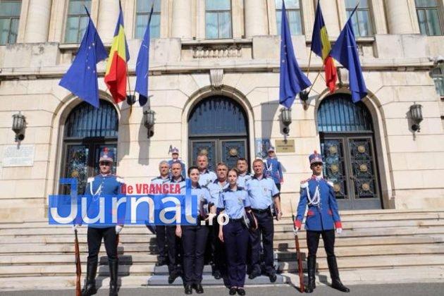 politisti vn premiati1 630x420 - FOTO: Polițiști din Vrancea, premiați pentru cum au acționat în timpul inundațiilor