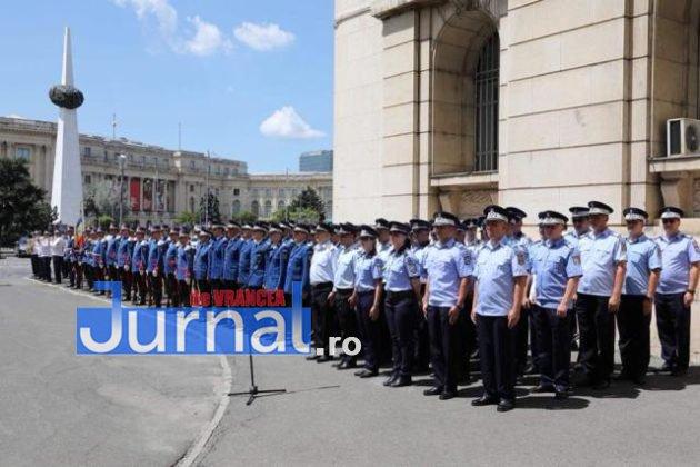 politisti vn premiati2 630x420 - FOTO: Polițiști din Vrancea, premiați pentru cum au acționat în timpul inundațiilor