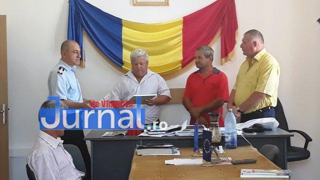 Dobos Albert Iacob Anton premiati isu vrancea2 - Voluntarii care au salvat două persoane căzute într-o fosă au primit diplome