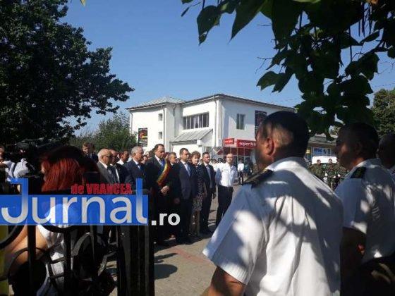 manifestari vrancea eroica centenar mausoleul focsani12 560x420 - VIDEO ȘI FOTO: Eroii, comemorați la Mausoleul Focșani