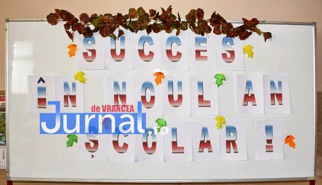 Deschidere an scolar rechizite 1 - FOTO: Unitățile de învățământ din Orașul Panciu sunt pregătite pentru noul an școlar 2018-2019