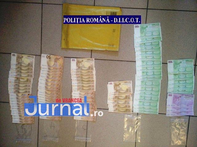 droguri bani 1 - Percheziții la traficanți și consumatori de droguri
