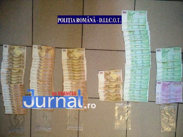 droguri bani 2 - Percheziții la traficanți și consumatori de droguri