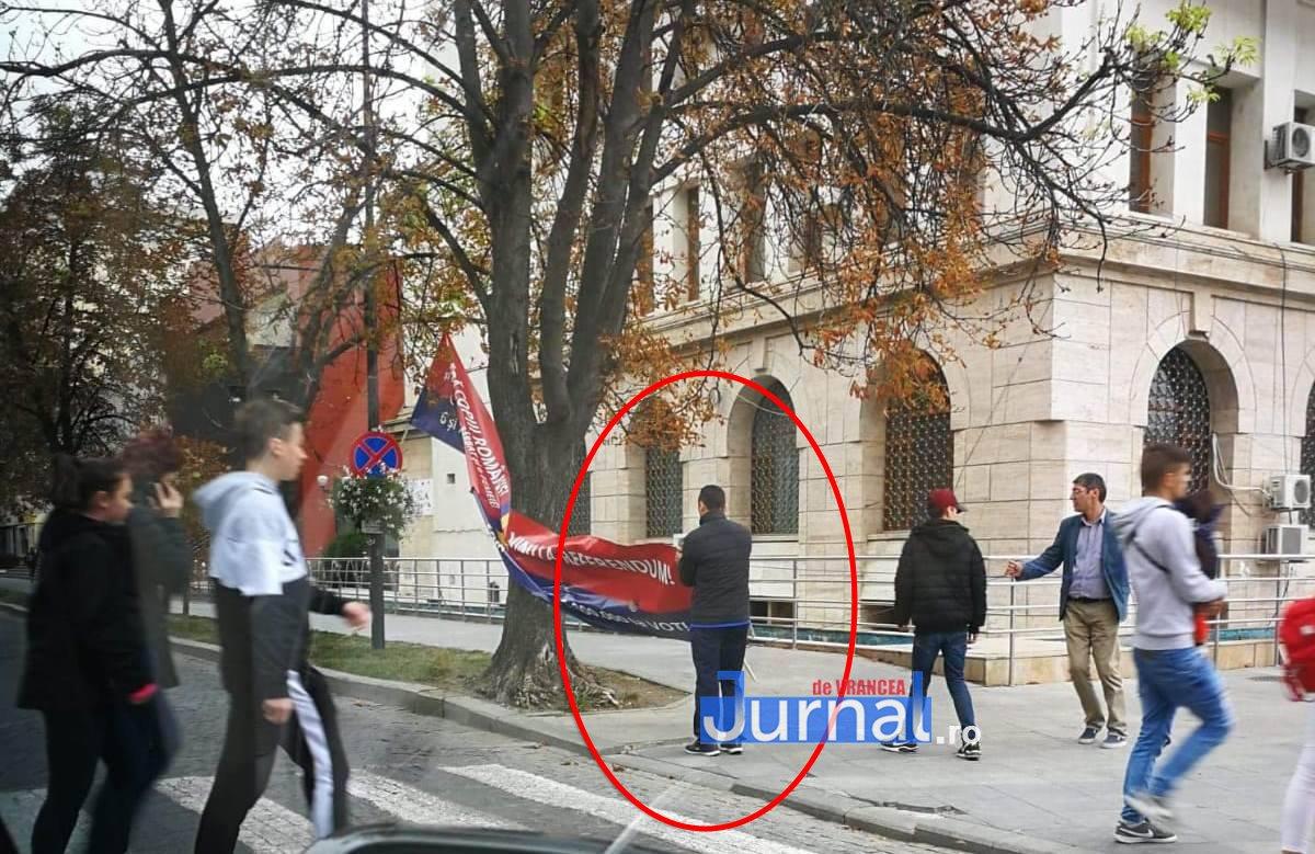 cristi-irimia-bannere-pro-referendum copy