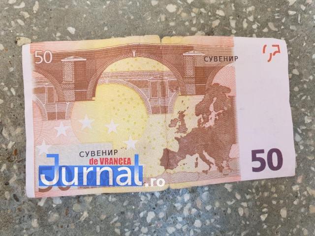 euro rusesti1 - Un vrâncean a inventat...euro rusești! Cum arată bancnota de 50 de euro