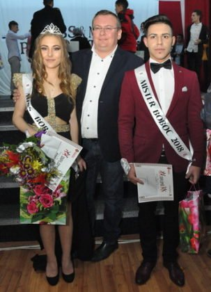 """Miss si Mister Boboc LTAIC 2018 76 303x420 - FOTO: Andreea Bonțoi și Cosmin Melinte - Miss și Mister Boboc 2018 de la Liceul Tehnologic """"Al. I. Cuza"""" Panciu"""