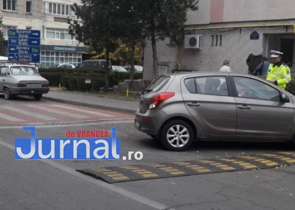 actiune politie trafic rutier1 591x420 - FOTO: Poliţia Rutieră a împărţit noi amenzi în Focşani