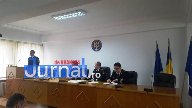 avansari 1 decembrie politie5 - GALERIE FOTO: Avansări în grad la IPJ Vrancea, cu ocazia Zilei Naționale a României