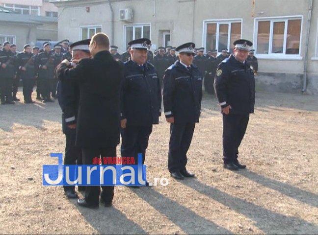 DRAPEL 5 - FOTO: Jandarmeria Vrancea are un nou Drapel de Luptă