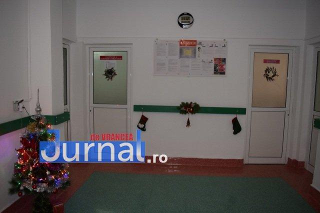 Inaugurare Compartiment Gastroenterologie 16 - FOTO: Primarul Iulian Nica și vicepreședintele Consiliului Județean Vrancea, Dănuț Cristian, au inaugurat Compartimentul Gastroenterologie al Spitalului Orășenesc Panciu