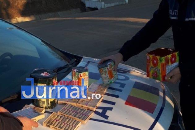 perchezitii articole pirotehnice pocnitori3 630x420 - FOTO: Percheziții la un tânăr care vindea ilegal artificii și pocnitori