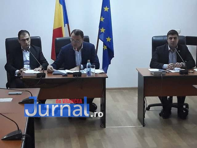 sedinta consiliul local4 - FOTO: Caz rezolvat! Nu se va impune o nouă taxă, pentru salubrizarea stradală