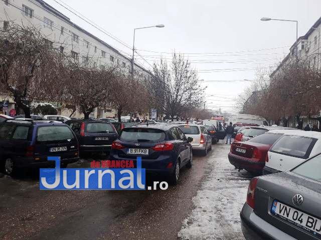 strada mare a unirii blocata aglomeratie2 - FOTO-ULTIMĂ ORĂ: Strada Mare a Unirii, BLOCATĂ