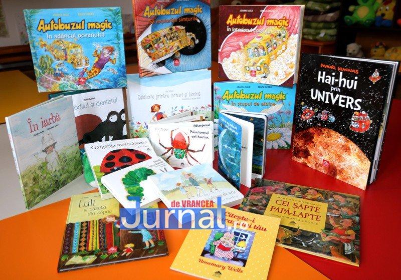 """carti biblioteca - Curs de formare pentru bibliotecarii vrânceniîn Proiectul național """"Ora să ȘTIM"""""""
