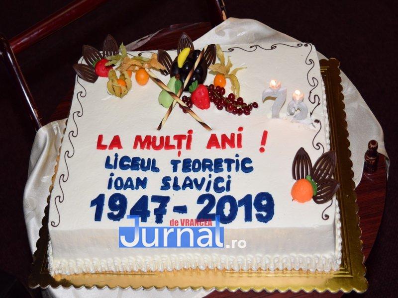 """liceul ioan slavici panciu 5 - Liceul teoretic """"Ioan Slavici"""" din Panciu a sărbătorit 72 ani de existență"""